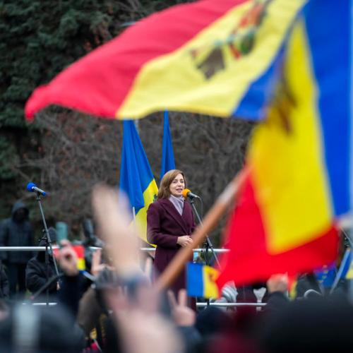Incoming Moldovan president rallies supporters to demand snap parliamentary vote