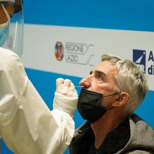 Italy imposes quarantine on UK visitors, opens door to USA, Canada, Japan and EU
