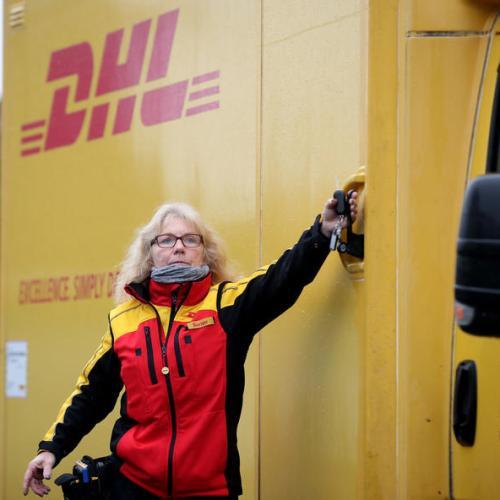 Deutsche Post halts parcel deliveries to Britain and Ireland