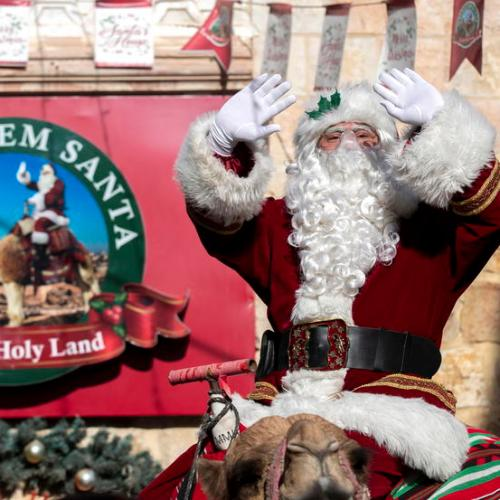 Photo Story: Santa Claus in Jerusalem
