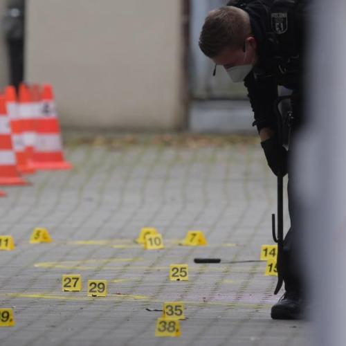 Four injured in shooting in Berlin close to SPD's offices