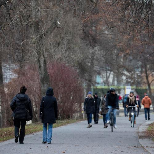 Merkel sees coronavirus lockdown until early April – Bild