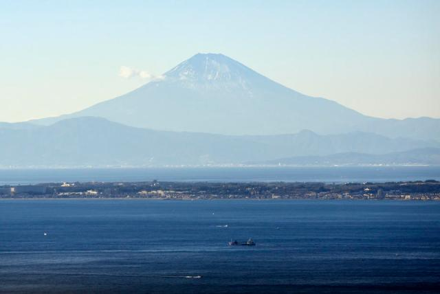 Photo Story: Snowless Mount Fuji