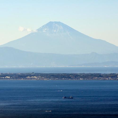 Photo Story: Snowless Mount Fuji