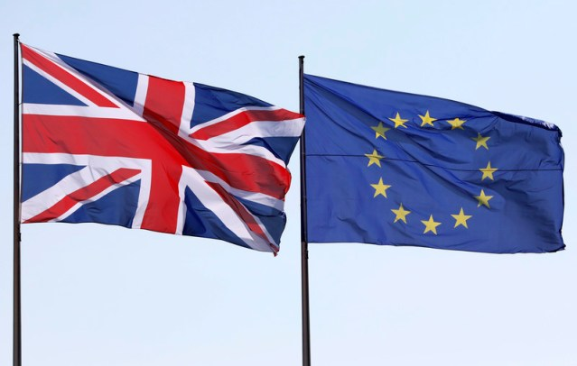 UK and EU in row over bloc's diplomatic status