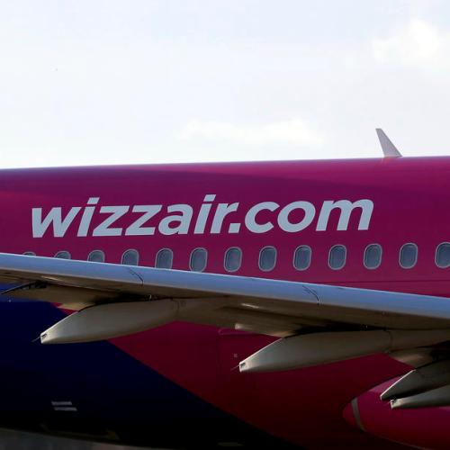 Wizz Air presses crisis advantage as easyJet pulls back