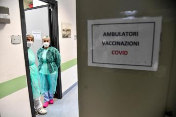 Italy's Draghi urges Italians to get fully vaccinated against coronavirus