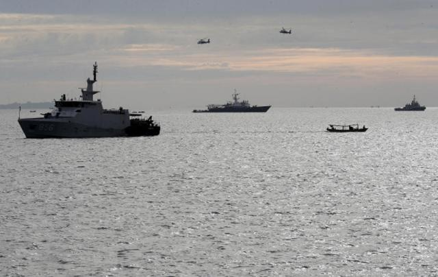 UPDATED: Indonesia searching for 53 crew aboard missing submarine, seeks Australia, Singapore help