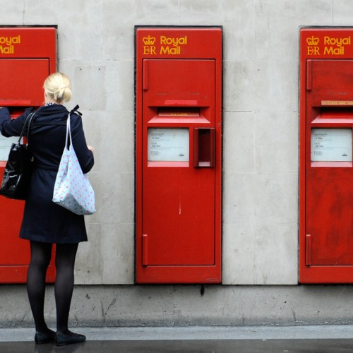 Royal Mail delivers rosy outlook after COVID-19 Christmas