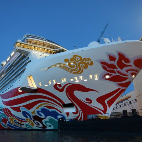 Pandemic-hit Norwegian Cruise forecasts loss until sailings resume