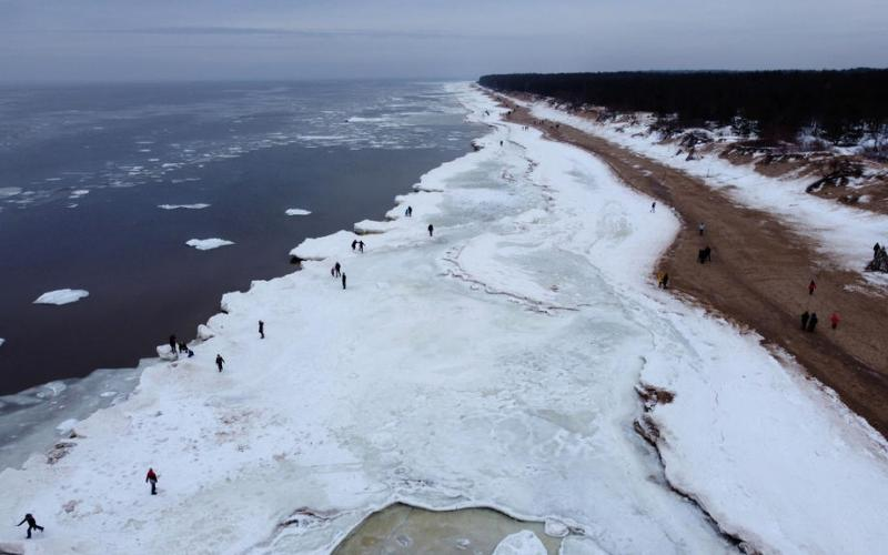 Photo Story: Frozen Baltic seacoast in Latvia