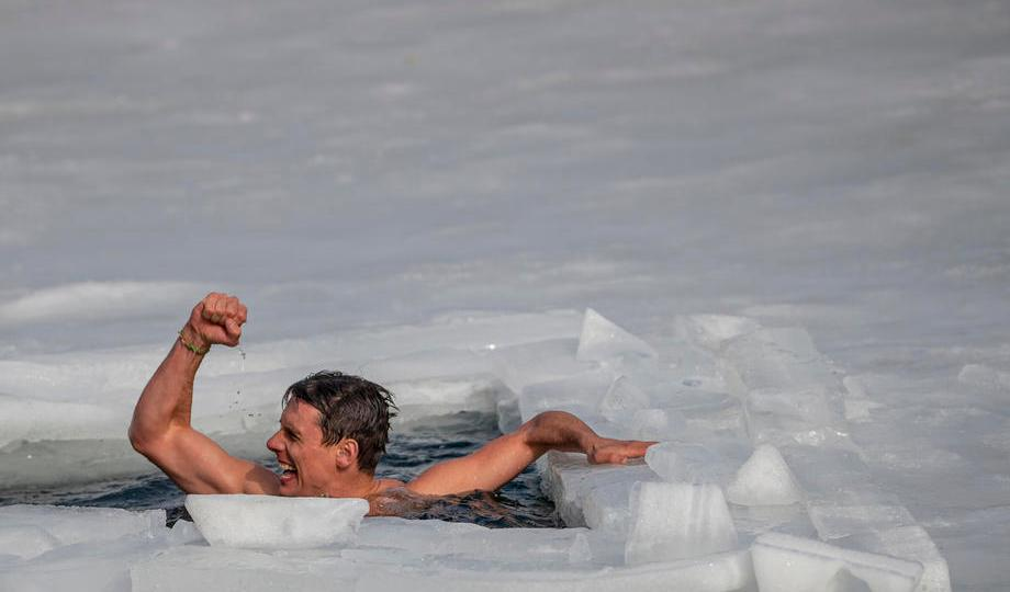 Photo Story: Czech freediver breaks Guinness world record in swimming under ice