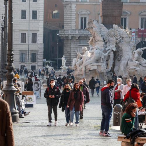 Italy tightens COVID-19 curbs in several regions as cases pick up