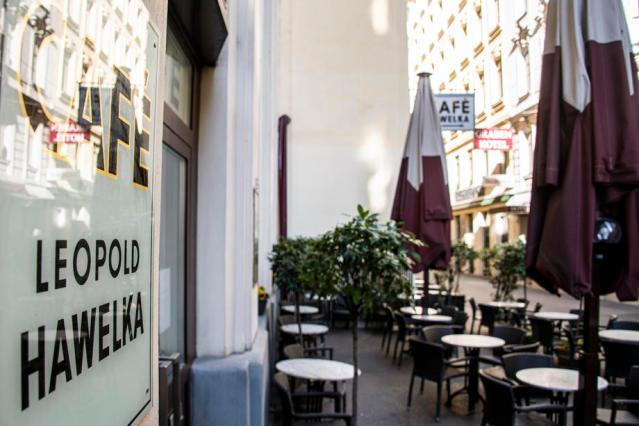 Austria plans to let cafe and restaurant terraces reopen this month