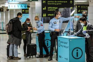 Portugal to quarantine travellers from South Africa via other countries