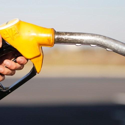 Oil prices climb after progress on huge U.S. stimulus bill