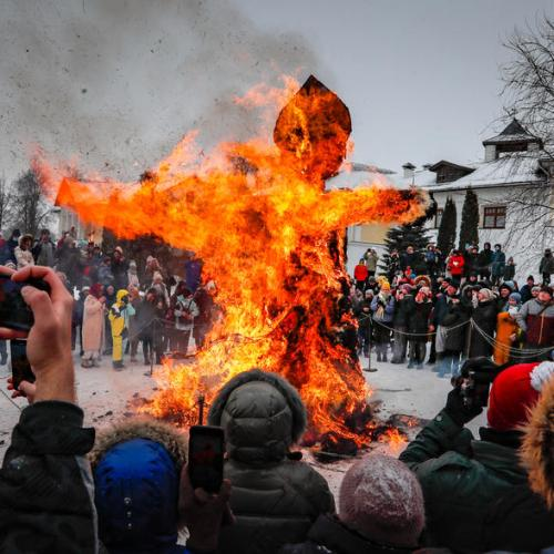Photo Story – Maslenitsa celebrations in Russia