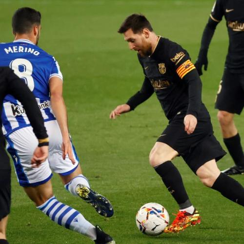 Record-breaking Messi scores twice as Barcelona hammer Real Sociedad 6-1