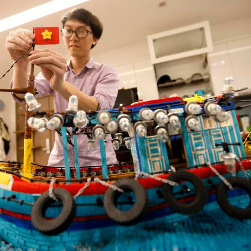 Photo Story: Vietnamese with a Lego collection of  over 2 million bricks