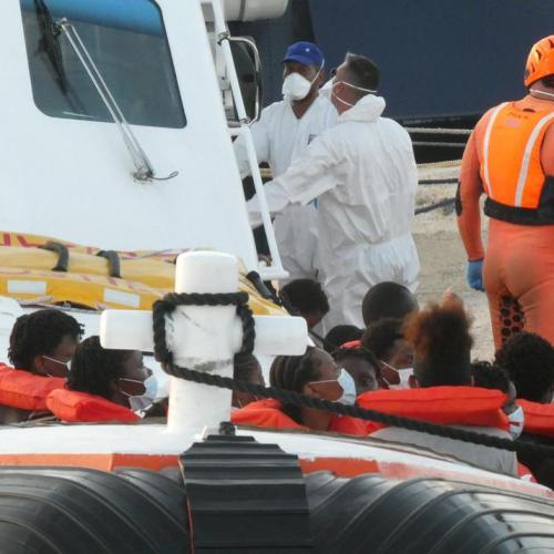 Wave of migrant landings in Lampedusa