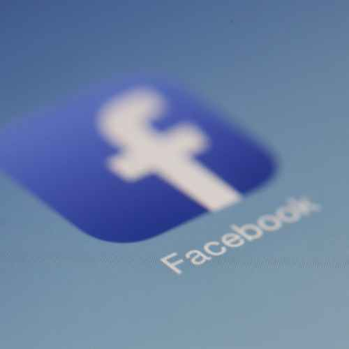 Facebook launches public test of live Q&A product Hotline