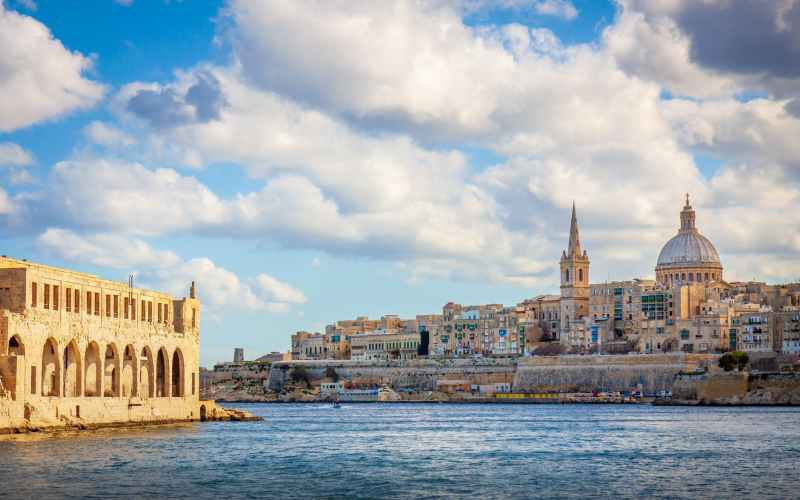 24 cases of Covid-19 / Malta News Briefing – Wednesday 21 April 2021