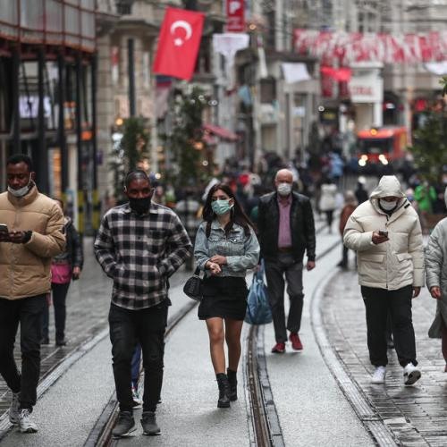 Turkey logs highest new daily COVID-19 cases since beginning of pandemic