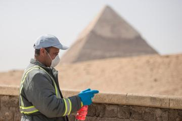 Egypt non-oil private sector shrinks faster in March -PMI