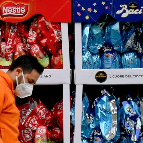 Sweet-toothed Britons spend 150 mln pounds more on Easter treats