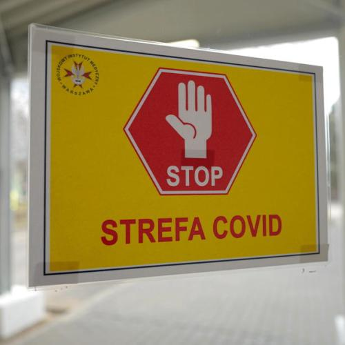 Polish doctors exhausted by non-stop COVID third wave