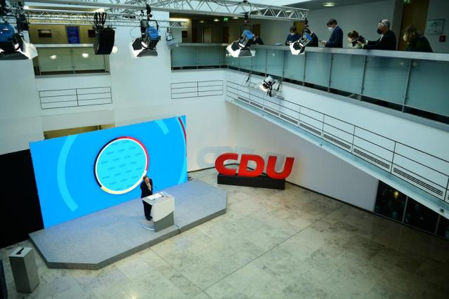 Senior German conservatives set to discuss chancellor candidate choice