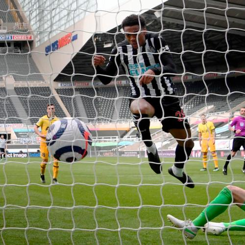 Newcastle deny Spurs return to top four in 2-2 draw