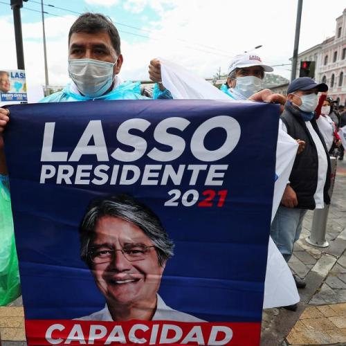 Ecuador to choose between socialism and free markets in presidential runoff