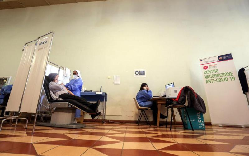 Fears that Italian Mafia infiltrated country's vaccination programme