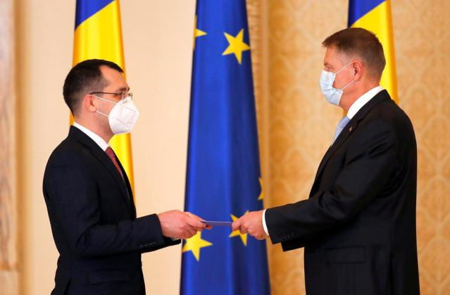 Romanian PM fires health minister over handling of COVID-19