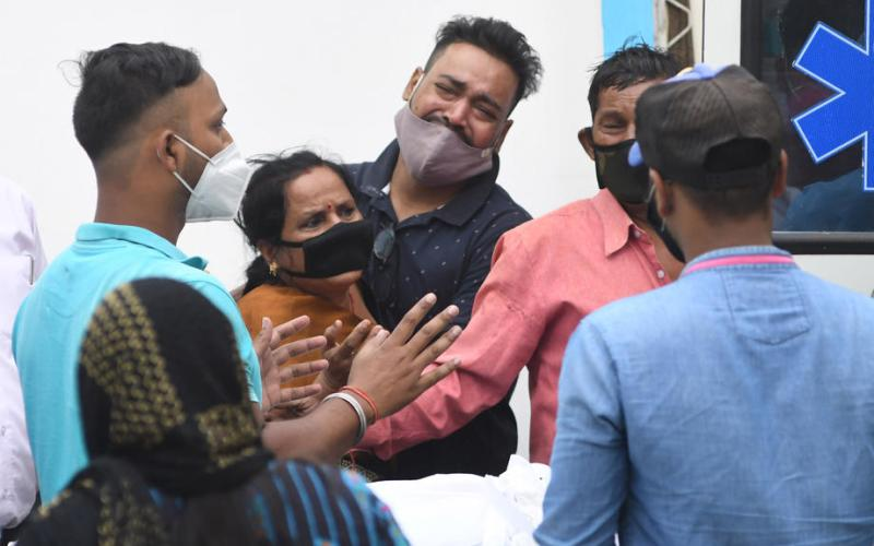 India reports more than 2,000 COVID-19 deaths in single day