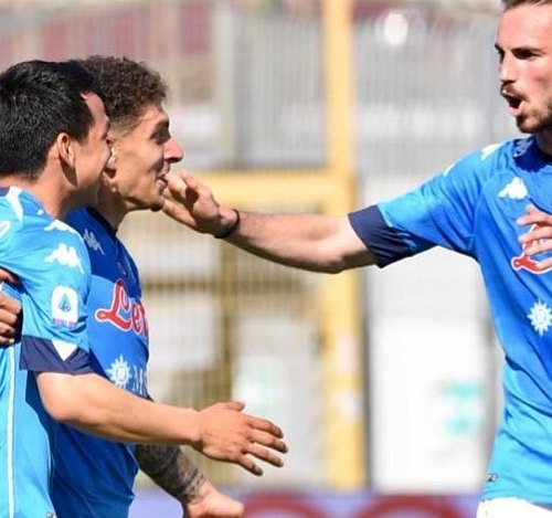 Napoli moves to second place in Serie A