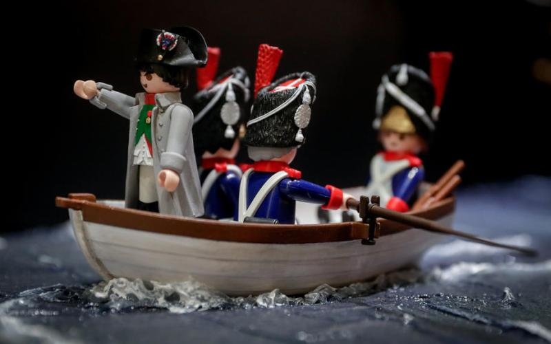 Photo Story: The life of Napoleon Bonaparte with Playmobil