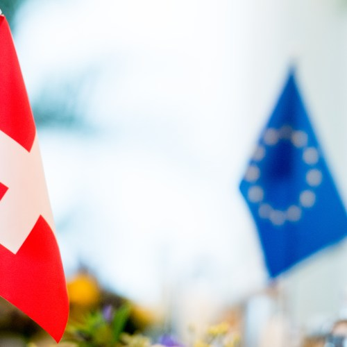 Swiss abandon EU talks and reject treaty