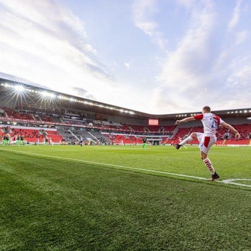 Slavia Prague grab third Czech league title in a row