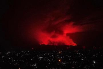 Congo volcano leaves death and smoking wreckage, but major city spared