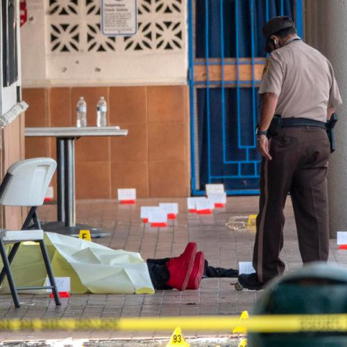 Gunmen kill two, wound more than 20 outside Florida banquet hall