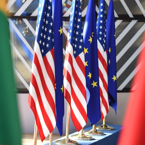 UPDATED: EU, U.S. to end trade tariffs, call for new study into COVID-19 origins, summit draft says