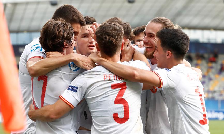 Spain coach De La Fuente surprised by sudden promotion