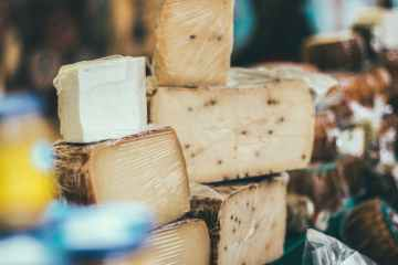 UK food and drink exports to the EU almost halve in first quarter