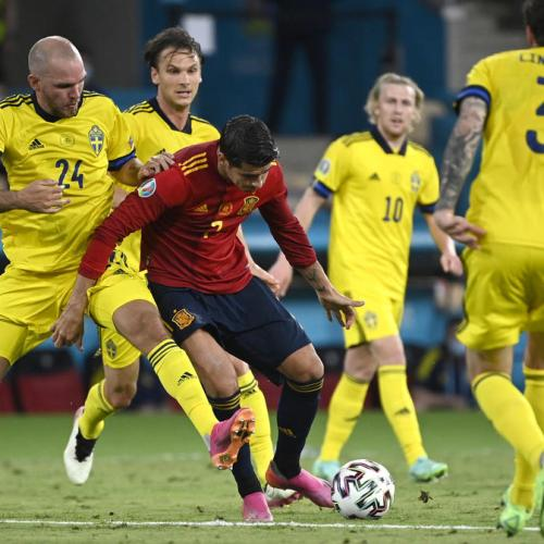 Spain stifled as Swedes grind out grim 0-0 draw