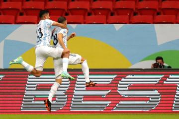 Early header secures 1-0 win for Argentina against Uruguay