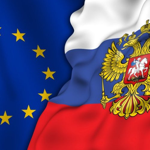 UPDATED: EU could discuss joint recognition of COVID-19 vaccine certificates with Russia