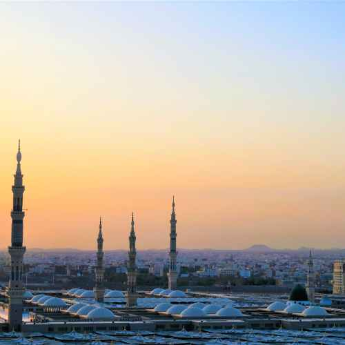 Saudi citizens must have two COVID-19 vaccine doses for travel abroad