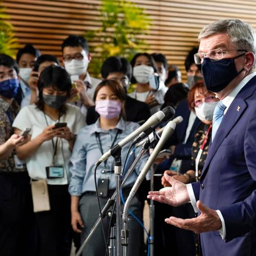 IOC chief, Tokyo governor to meet as COVID cases rise